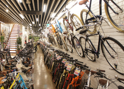 の自転車、通勤・通学自転車 ...